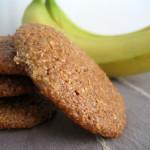 Μπισκότα βρώμης με μπανάνα και καρύδα