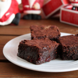 Brownies με cranberries και λευκή σοκολάτα και ...