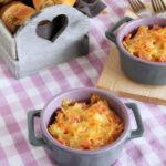 Φαρφάλες με ζαμπόν, τυριά και κρέμα γιαουρτιού