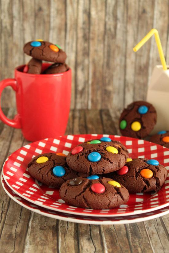 μπισκότα με m&m's