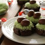 Πασχαλινά μπισκότα φωλίτσες με κακάο