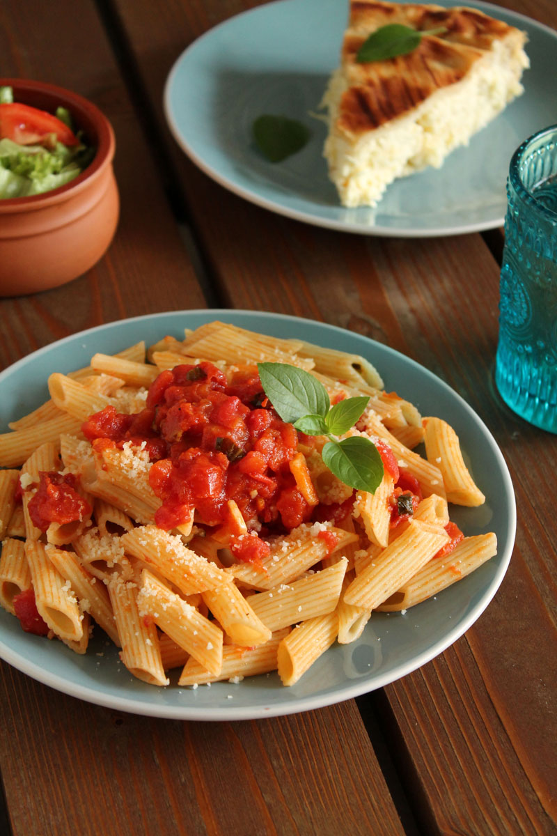 Cheese-pie-and-tomato-penne (4)