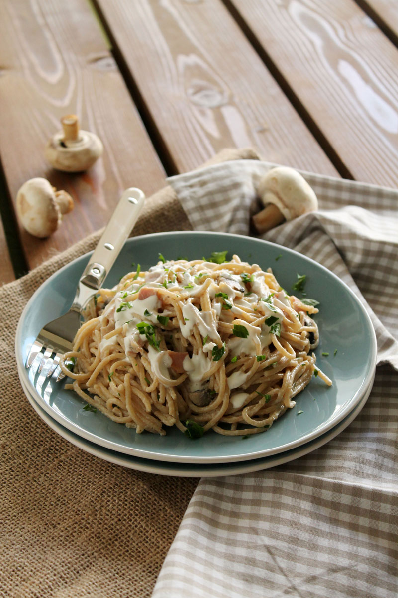 Cream-cheese-bacon-mushroom-spaghetti (2)