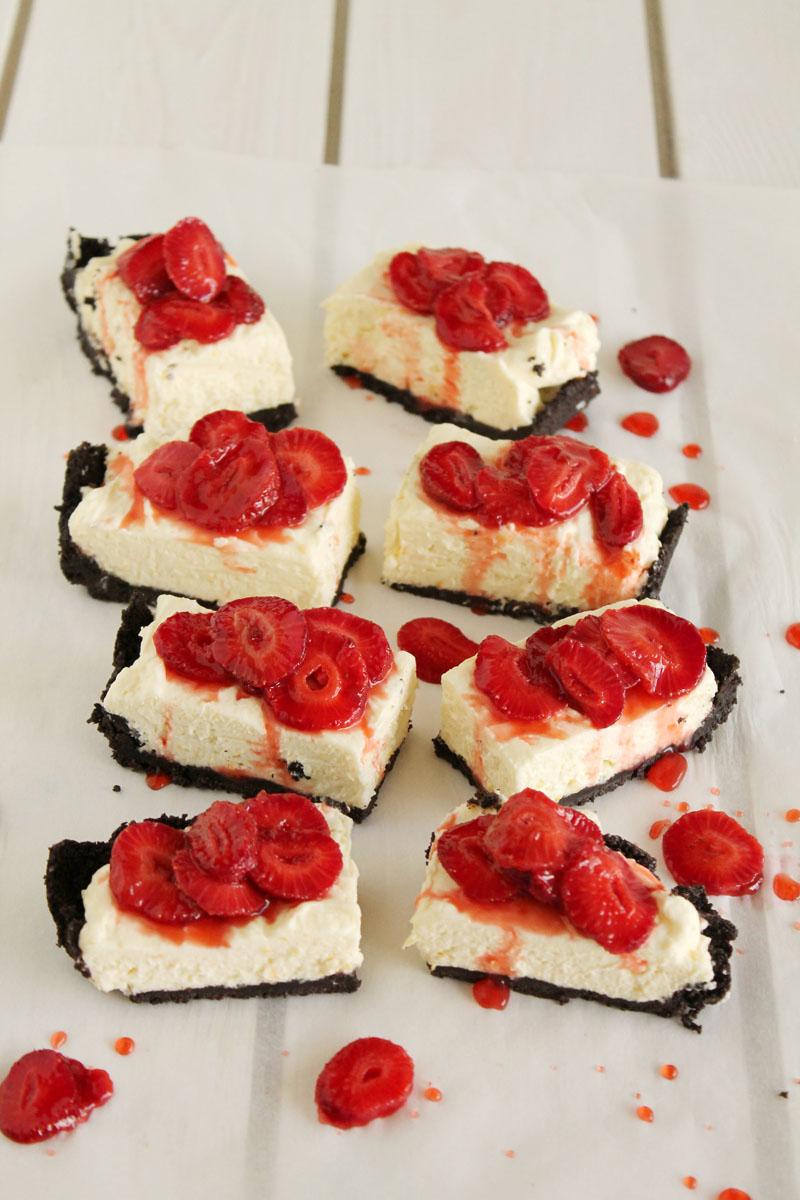Τάρτα με κρέμα λεμονιού και φράουλες