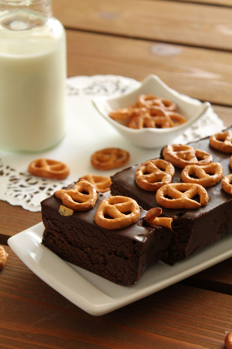 Chocolate and pretzels loaf
