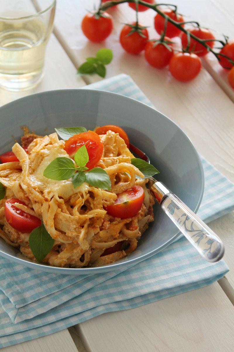 Easy cheesy tomato basil lasagna