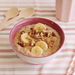 Εύκολο πρωινό με βρώμη και μπανάνα...