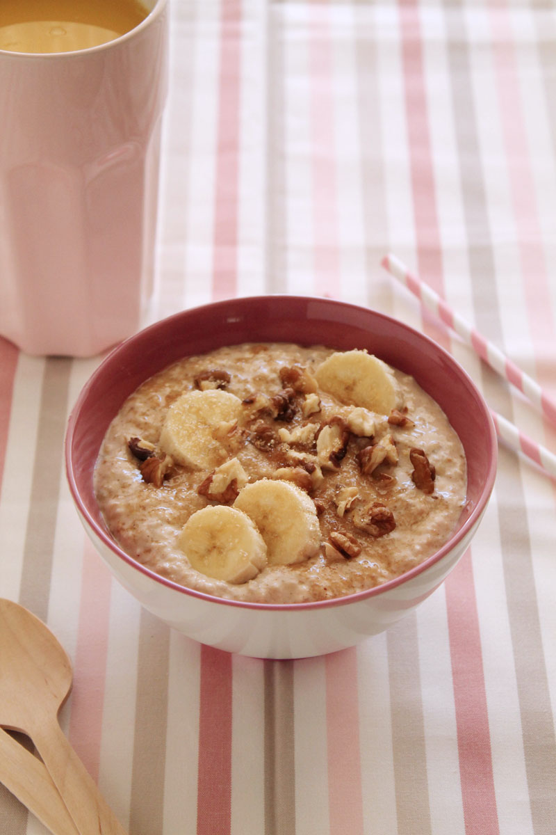 Easy oatmeal banana breakfast