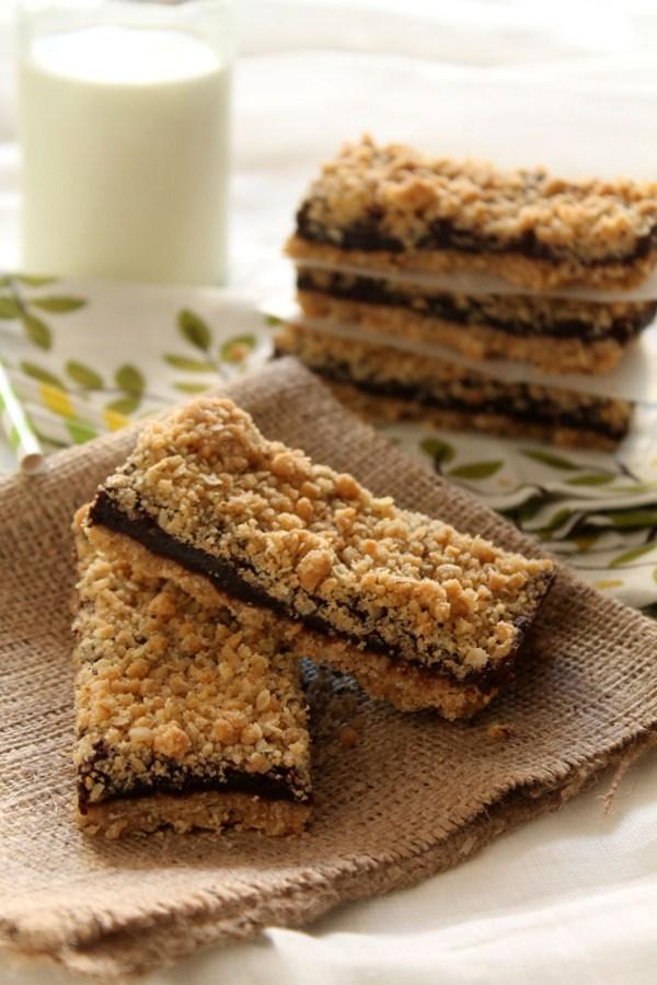 Στην κουζίνα των γεύσεων: Μπάρες δημητριακών με κρέμα σοκολάτας