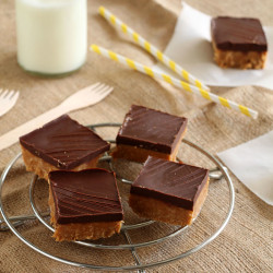 Peanut-butter-chocolate-bars (1)