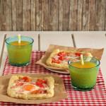 Εύκολες πίτες με αυγά και μπέικον
