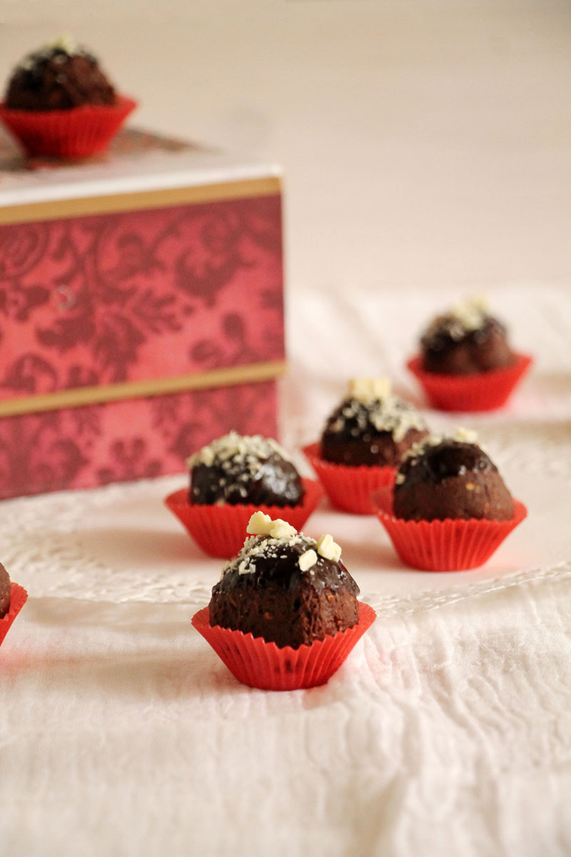 Chocolate-nutella-hazelnut-truffles
