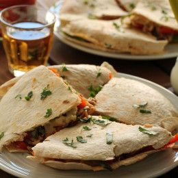 Chicken-peppers-quesadillas (1)