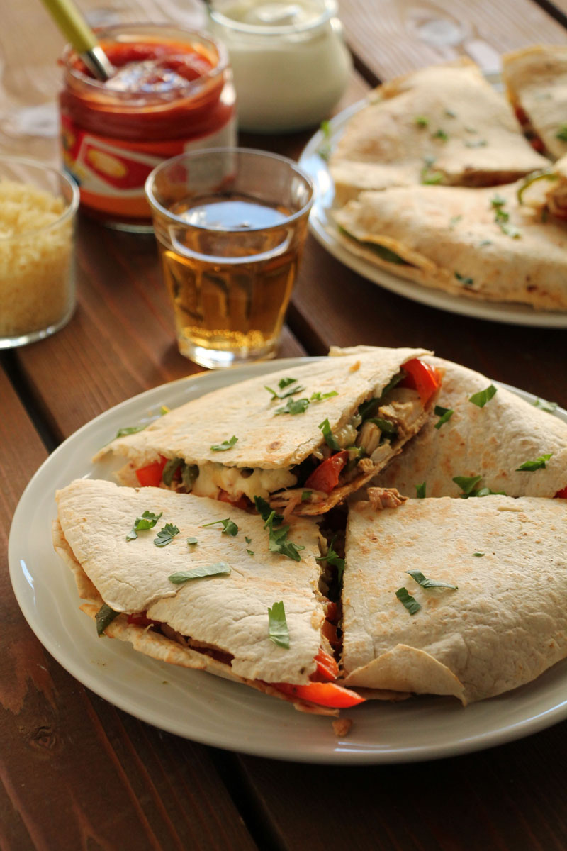 chicken-peppers-quesadillas