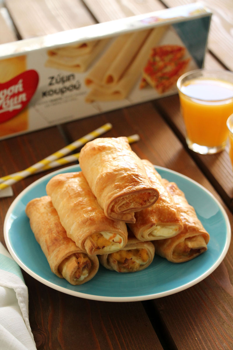 egg-bacon-cream-cheese-rolls