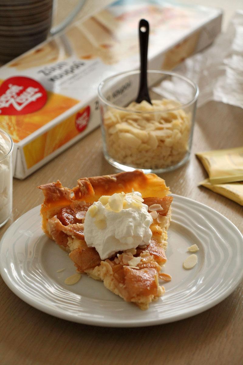 Μηλόπιτα με τυρί κρέμα και αμύγδαλα
