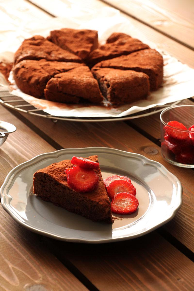 tahini-cocoa-cake