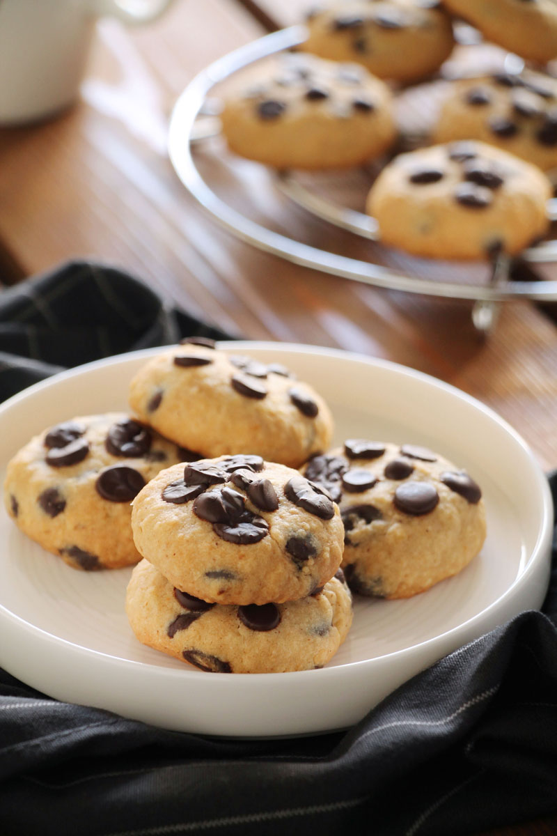 butter-oats-chocolate-cookies