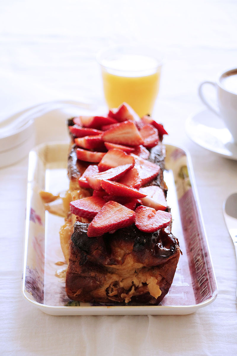 challah-lemon-curd-strawberries