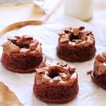 Σοκολατένια ντόνατς με καραμέλα γάλακτος + 48 ακόμα ιδέες για το σχολικό κολατσιό