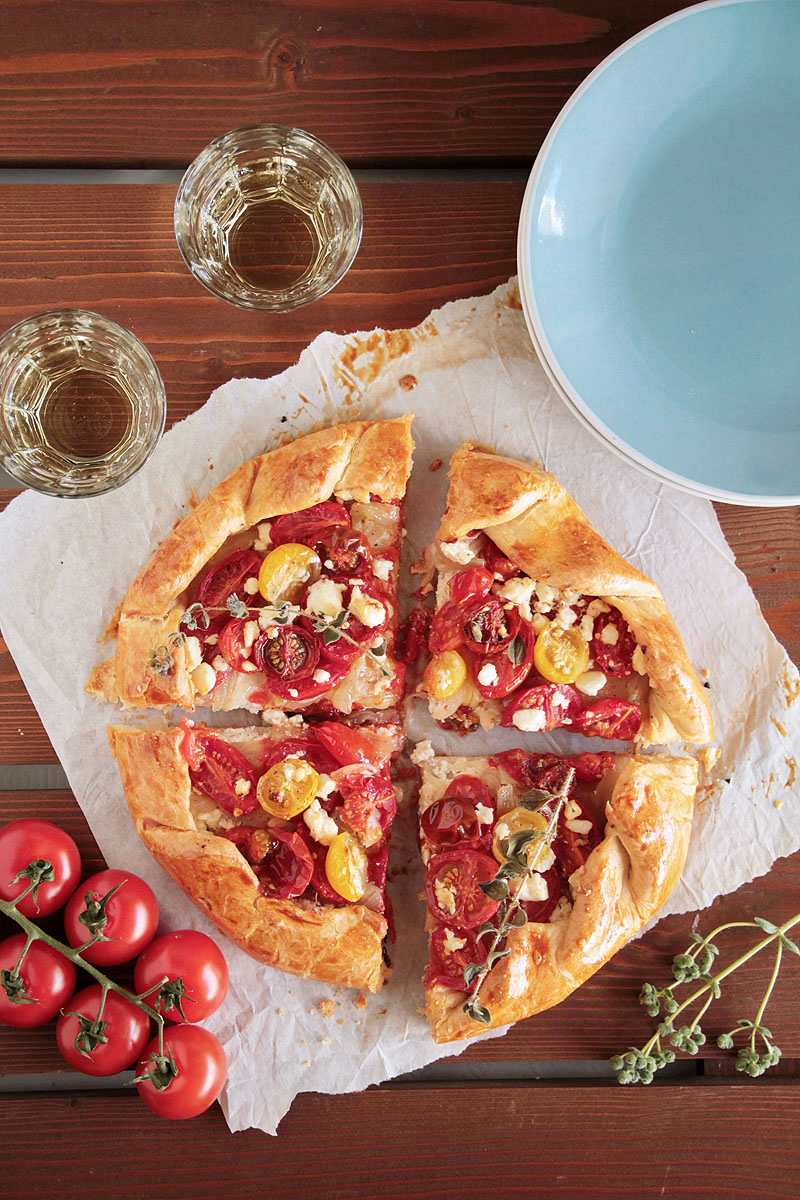 galette με ντοματίνια, ξινομυζήθρα και φέτα