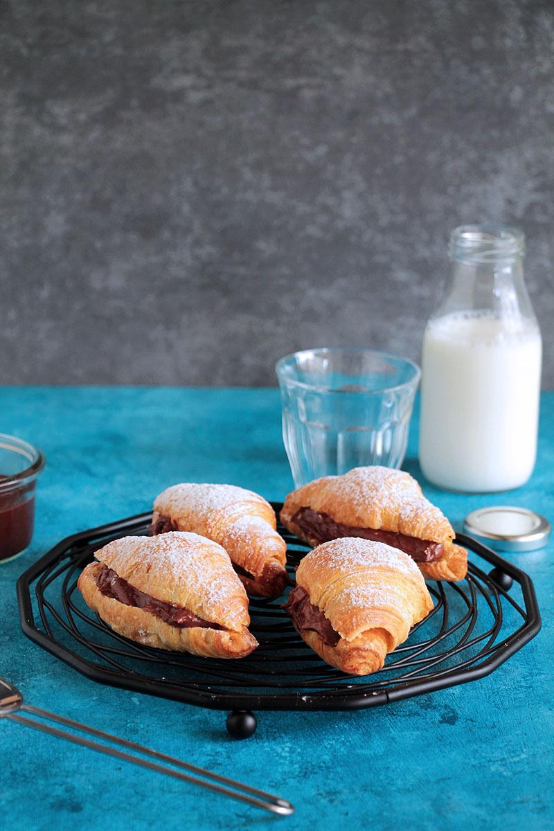 nutella-yogurt-croissants