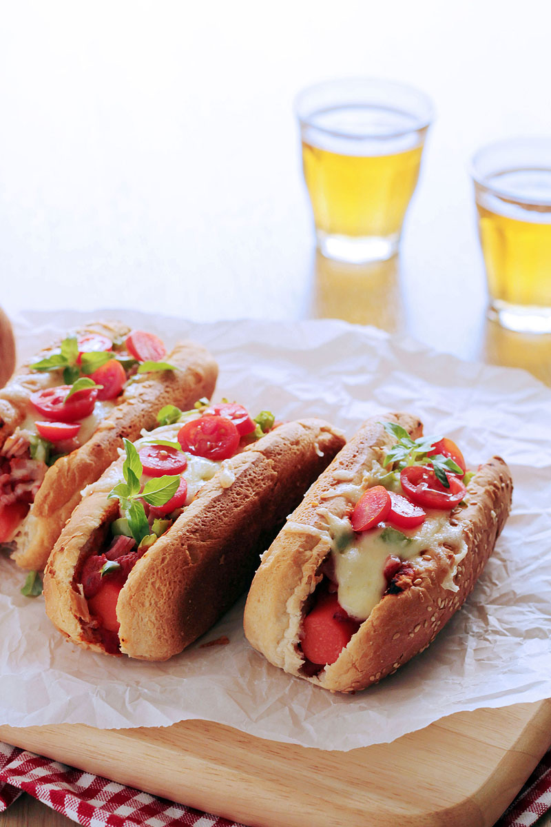πίτσα hot dog | theonewithallthetastes.com